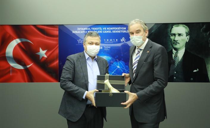 Türk tekstil sektörü ve Hollanda geri dönüşüm alanında iş birliğine